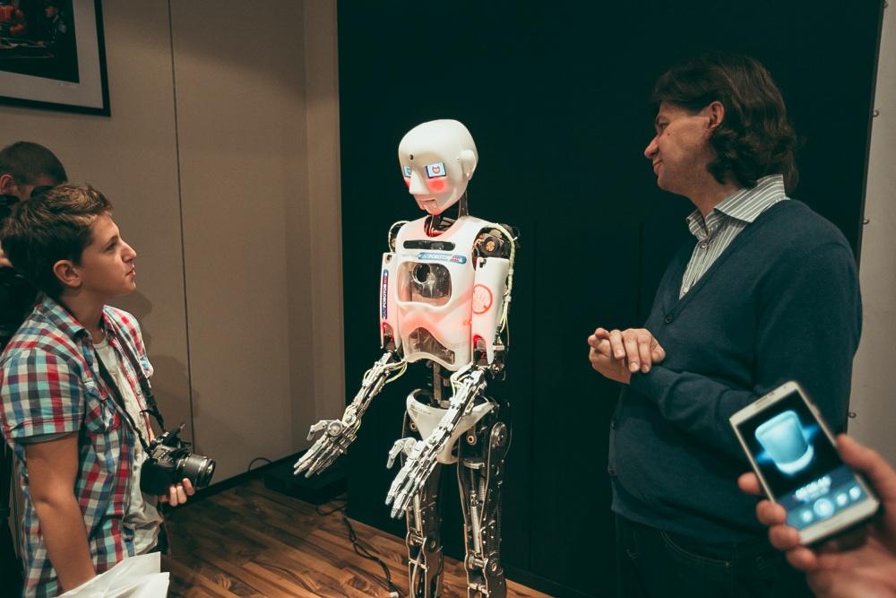 Роботы адвокаты будущего. Как меняется рынок юридических услуг суд Помощь юриста налоговая проверка кредиты заработная плата