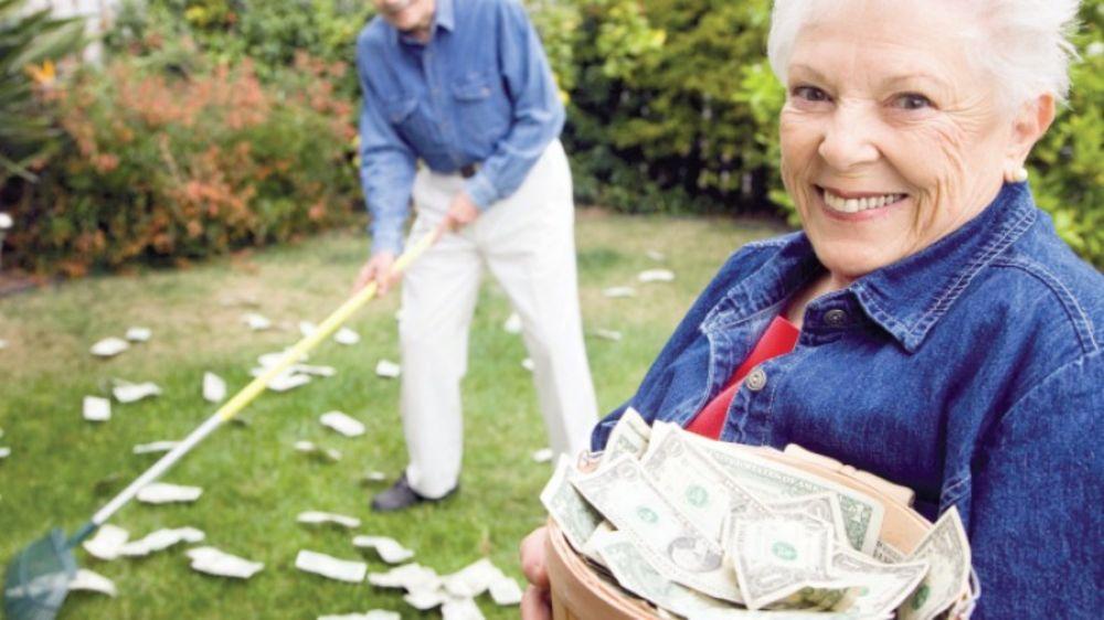 Сколько нужно ежемесячно откладывать, чтобы накопить на пенсию?
