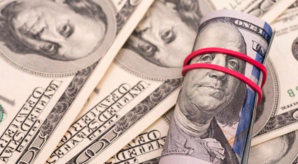 Какими способами можно покупать доллары и евро?