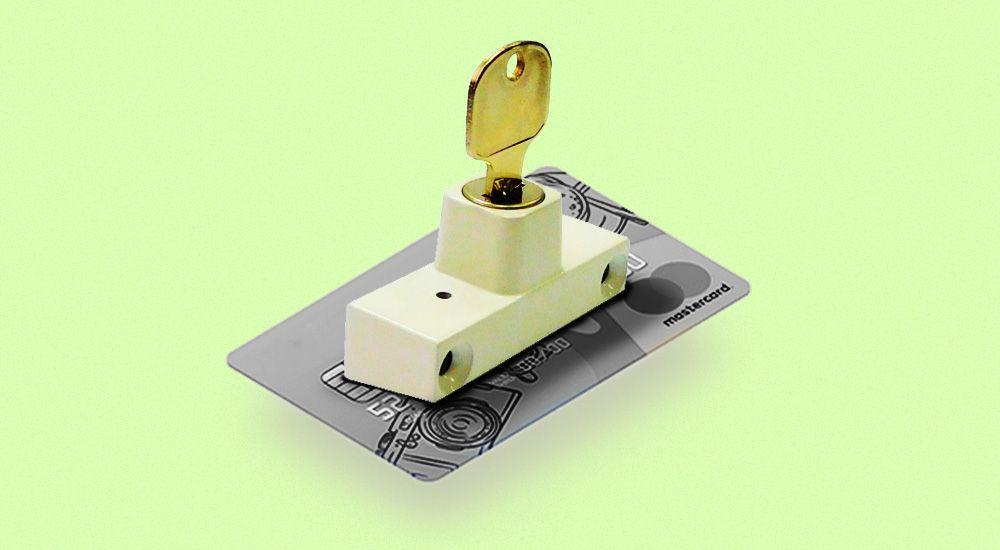 Как самозанятому избежать блокировки счета