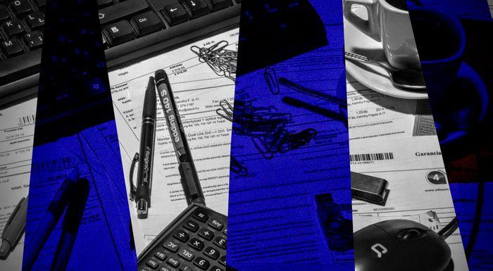 Что лежит на столе у бухгалтера: кипы бумаг или аккуратные папочки