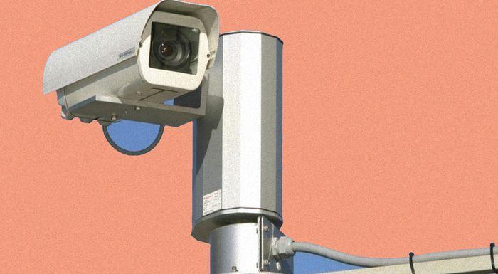 Законна ли установка скрытой камеры на рабочем месте?