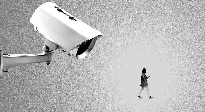 Наблюдение за сотрудниками — нарушение личного пространства или вынужденная необходимость?