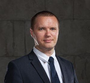 Андрей Сараин - пользователь клерк.ру